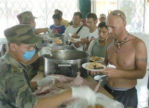 Centenares de miles de personas tuvieron que ser evacuadas o buscar refugio a su paso.