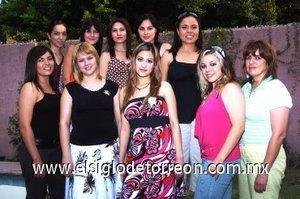 17082007_v_Julieta y sus amigas Mary Carmen, Yunsensy, Fabiola, Daniela, Lucía, Alma, Miriam y Adriana.