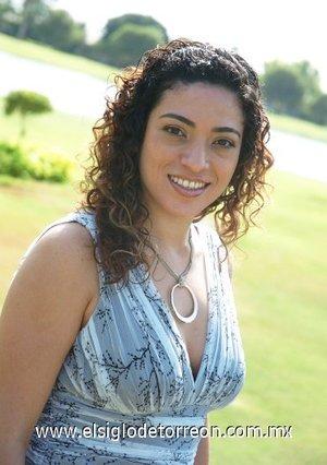 23082007 Bárbara Esquinca Ledesma se casará con Iván González, motivo por el cual disfrutó de una despedida