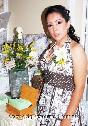 24082007 Érika Rodríguez Rivera pronto se convertirá en la esposa de Daniel Venegas Núñez.