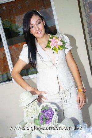 26082007 Claudia Ivonne Villarreal Abraham, en su reunión pre nupcial.