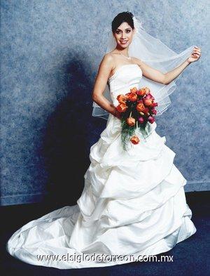 Srita. Diana Cristina Chávez Castellanos contrajo matrimonio con el Sr. Juan Carlos Robles Carrillo. <p> <i>Chávez de Anda Fotografía.</i>