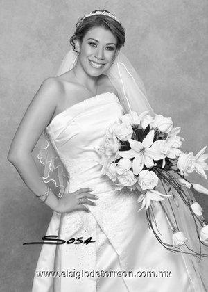 Srita. Imelda Elizabeth Rosas Muñoz, el día de su boda con el Sr. Fernando Bermea. <p> <i>Studio Sosa.</i>