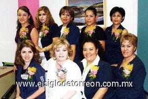 08092007 Wendy, Rosy, Mayela, Eliud, Montserrat, Nico, Coco, Lety de los Santos y Sandra, compañeras del IMSS No. 51 en un festejo por el Día del Trabajador Social.