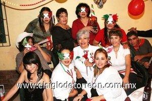 20092007 Lupita de Muñoz, Marlene de Talamantes, Lupita Caballero, Lupita González, Nayeli Ibarra, Paty de Woo, Cuquis de Cázares, Martha Rojo, Gaby Cázares y Paty Muñoz festejaron el Día de la Independencia.