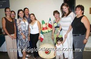 22092007 Comité de Damas del Colegio de Contadores Públicos de La Laguna A. C., en su desayuno mensual.