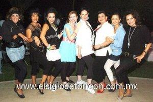 25092007 Elisa, Lily, Claudia, Griselda, Ana, Marcela, Bárbara y Pilar, se la pasaron muy bien.