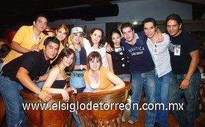 30092007 Camilo, Laura, Liliana, Cecil, Ana, Gaby, Irmita, Checho, Juan, Quique y Chío.