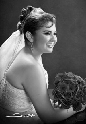 I.B.Q Diana Cázares Vargas contrajo matrimonio con el I.E. Raúl Ramírez Valadez. <p> <i>Estudio Sosa</i>