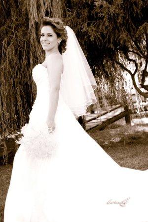 Srita. Brenda Alicia de la Rosa González, el día de su boda con el Sr. Luis Enrique Ramírez Huber.