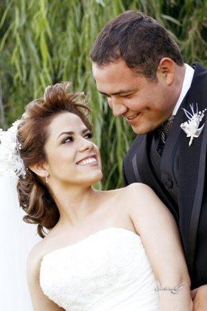Sr. Luis Enrique Ramírez Huber y Srita. Brenda Alicia de la Rosa González contrajeron matrimonio en la parroquia Los Ángeles, el sábado 18 de agosto de 2007.