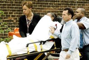 La quinta persona afectada fue una joven de 14 años que resultó herida en una rodilla mientras huía del caos.