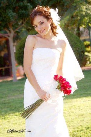 Srita. Alejandra Solís García el día de su boda con el Sr. César René Martínez Medina. <p> <i>Katia Herrera Fotografía.</i>