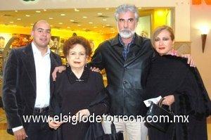05112007 Lilia y Juan Carlos Safa, Olivia Villarreal y Antero Herrera.