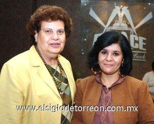 12112007 Ivonne Sarraf y María Elena P. de Verano.