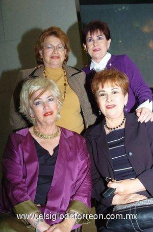 04112007 Almita de Machado, Guadalupe Padilla de Saracho, Rosa M. de Villarreal y Olivia de García.