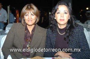 04112007 Amelia Carreón de Rodríguez y Noemí Zerón.