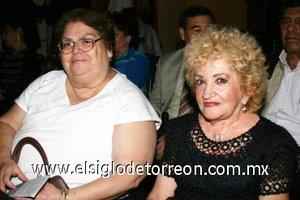 04112007 Angélica Sánchez y Chelita Navarro.