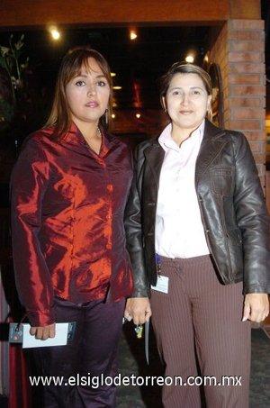 04112007 Claudia Maciel y Laura Mata.