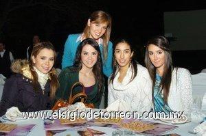 04112007 Katya Nahle, Paulina Giacomán, Carmina Fernández, Adriana Peña y Karina Berlanga.