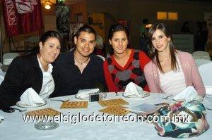 04112007 Lourdes Alanís, Andrés López, Marcela Dabdoub y Mariana Lugo.