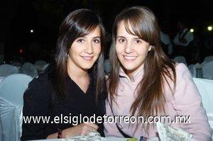 04112007 Lucía Díaz de León y Yola Murra.