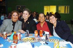 04112007 Marichelo Niño de Rivera, Llamneris de Nicaise, Blanca de Aguilar y Rosa María Guerrero.