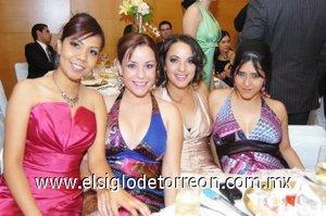 04112007 Marisol Pargas, Adriana Mendivil, Verónica Martínez y Brenda Muñoz.