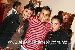 04112007 Martha, Melisa y César González.