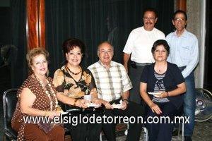 04112007 Susy de Ortiz, Lety de Castañeda, Xavier Castañeda, José Ortiz, Mague de la O y Miguel de la O.