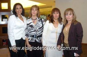 07112007 Martha de Llama, Catalina de Ransom, Alma de Tueme y Violeta Ayup.