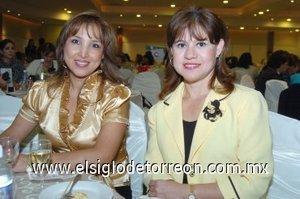 07112007 Sandra Sánchez de Villarreal y Maru Soto de De la Parra.