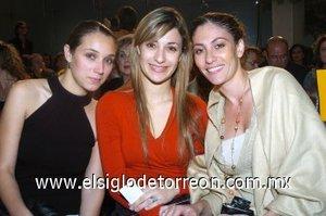 08112007 Lisseth de Bartheneuf, Elizabeth de Aranda y Leny de Collier.