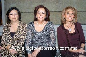 08112007 Lourdes de Treviño, Olga de Gallegos y Caty de Zreik.