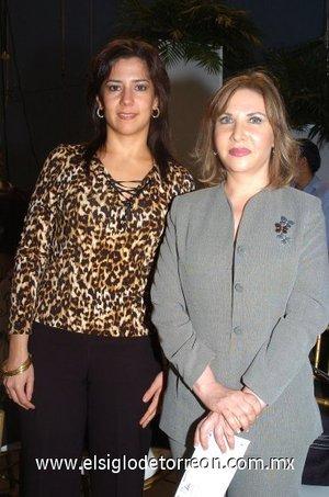 08112007 Lucía Ortega de Campos y Sandra Zambrano.
