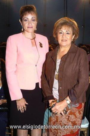 11112007 Bertha de Medina y Alicia Villanueva.