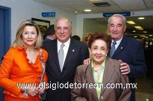 11112007 Blanca Galindo, José Testas, Juan José Fernández y Guadalupe García.