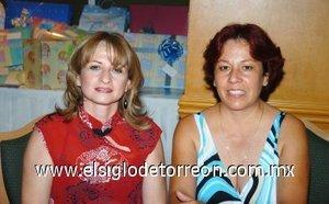 11112007 Connie Medina y Patricia de Nuncio.