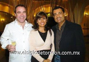 11112007 Efrén Soto, Raquel Ramírez y Gerardo Galindo.