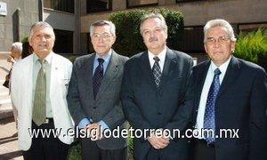 11112007 Guillermo Milán, Pedro Monárrez, Miguel Ángel Valdez y Jaime Guerrero.