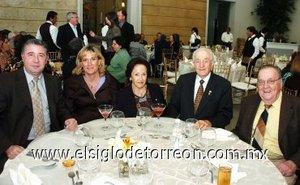 11112007 José Valles, Matilde de Valles, Sendy de López, Tomás López y Enrique Luengo.