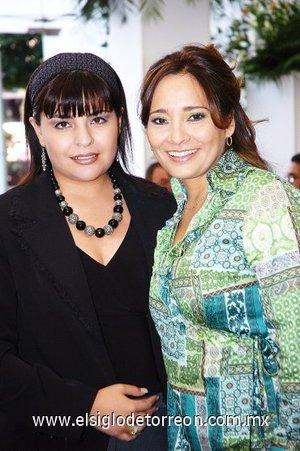 11112007 Lizy de González y Sandra de Garza.