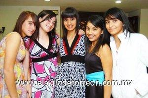 11112007 Lupita, Cinthia, Mary Pily, Paola y Marcela.