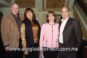 11112007 Roberto Garza, Susana de Garza, Norma de Garza y Blas Garza.