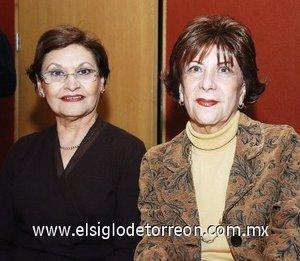 14112007 Eva Maisterrena y Claudia Máynez.