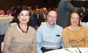 14112007 Rosario Lamberta de González, Salvador Jalife y Nancy de Jalife.