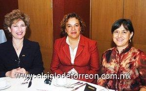 14112007 Sofía Enríquez, More Barret y Silvia Castro.