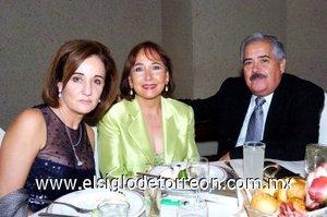 15112007 Lucrecia de Santibáñez, Alicia Jaime y Héctor Jaime.
