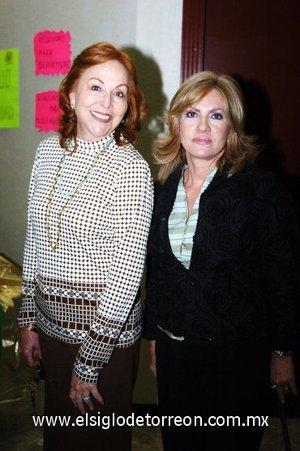 17112007 Nancy Kuri y Chelito de Morales.