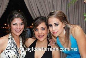 18112007 Aída G. de Jaidar, Fernanda J. de De la Garza y Lizzy Jaime.